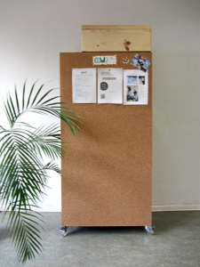 Korkmobil-pin-board